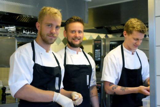 Steffen Villadsen og noen av hans kokker.