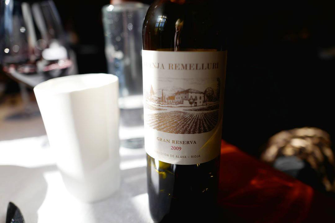Rødvin antyder kanskje at det er kjøtt på gang?