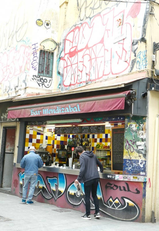 Bar Mendizabal, barcelona, Estrella damm, beer