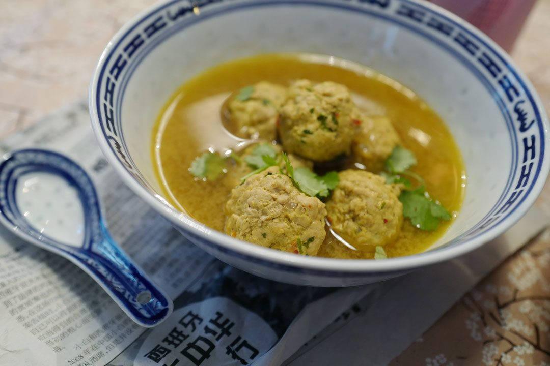 L1160383 1080x720 - Aromatisk suppe med kjøttboller