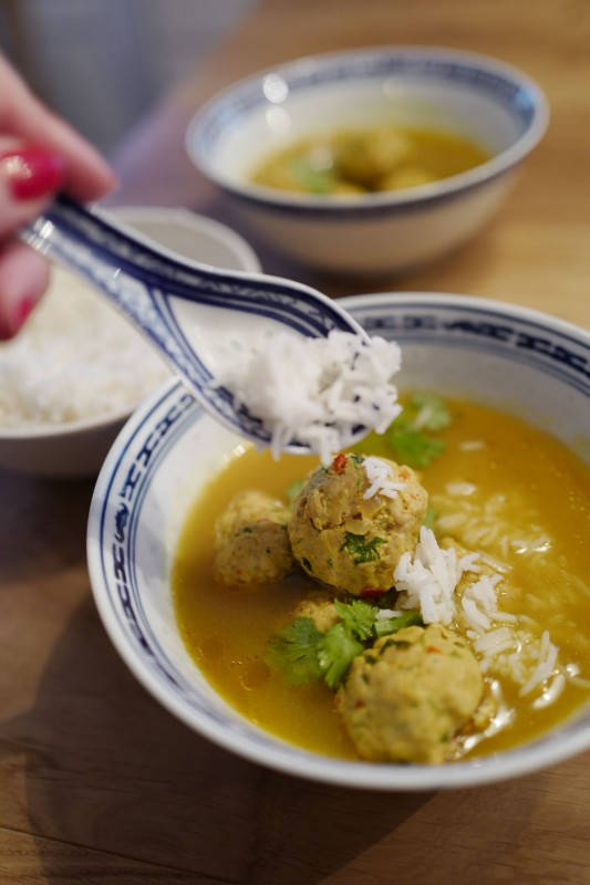 L1160390 - Aromatisk suppe med kjøttboller